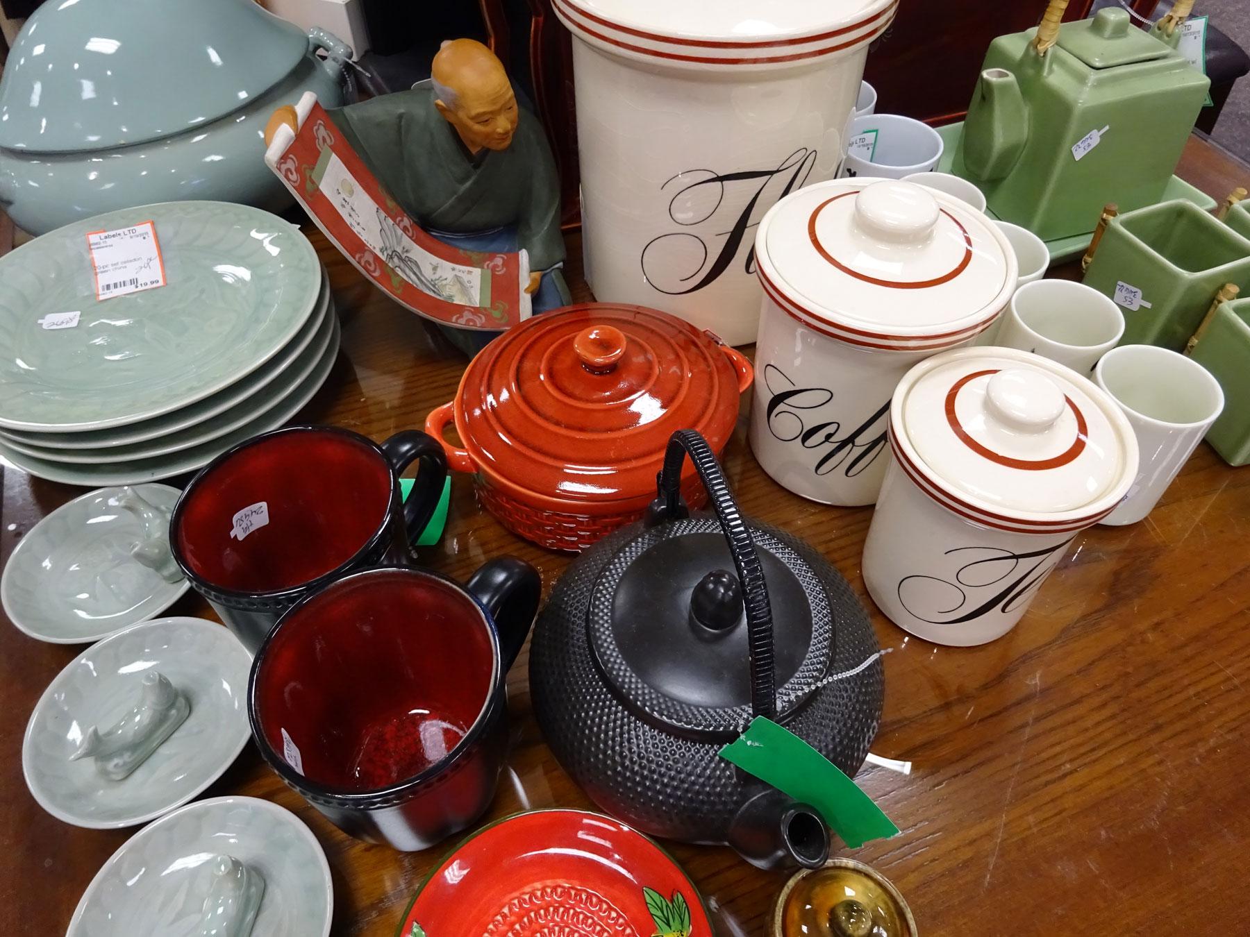 DSC00851-tea-kettles-1800x1350