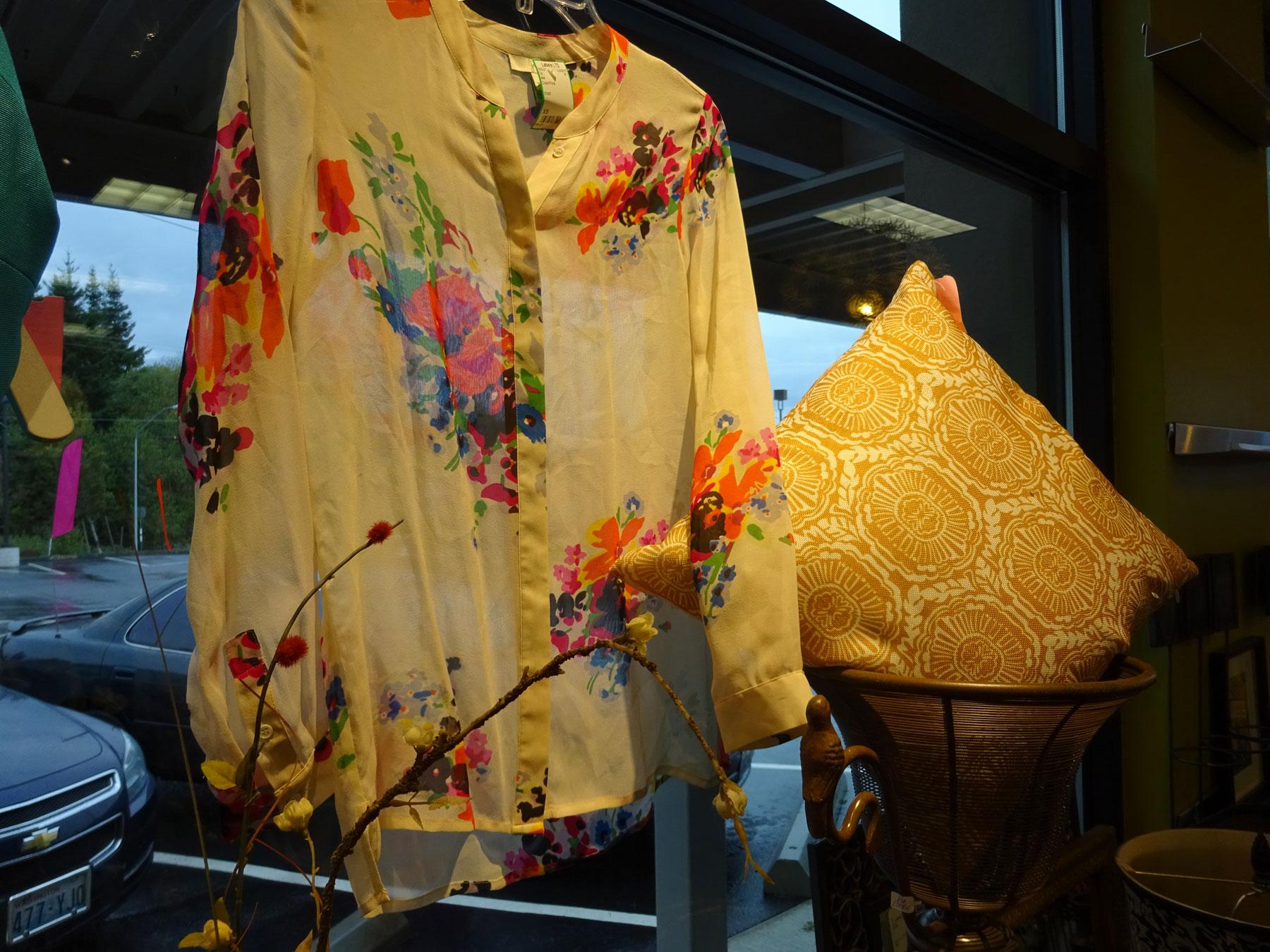 DSC00859-floral-blouse-1800x1350