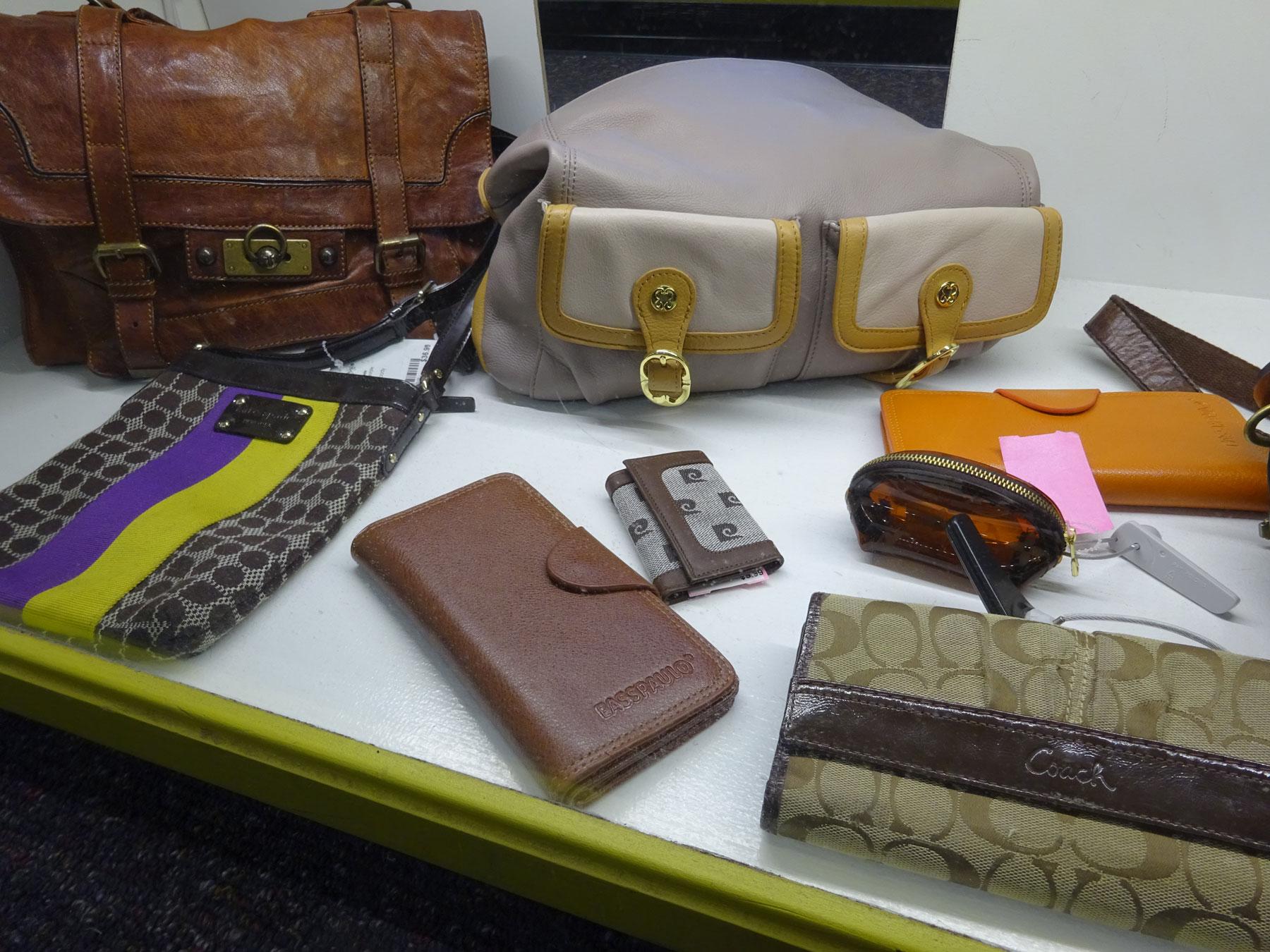 DSC00867-purses-clutches-1800x1350