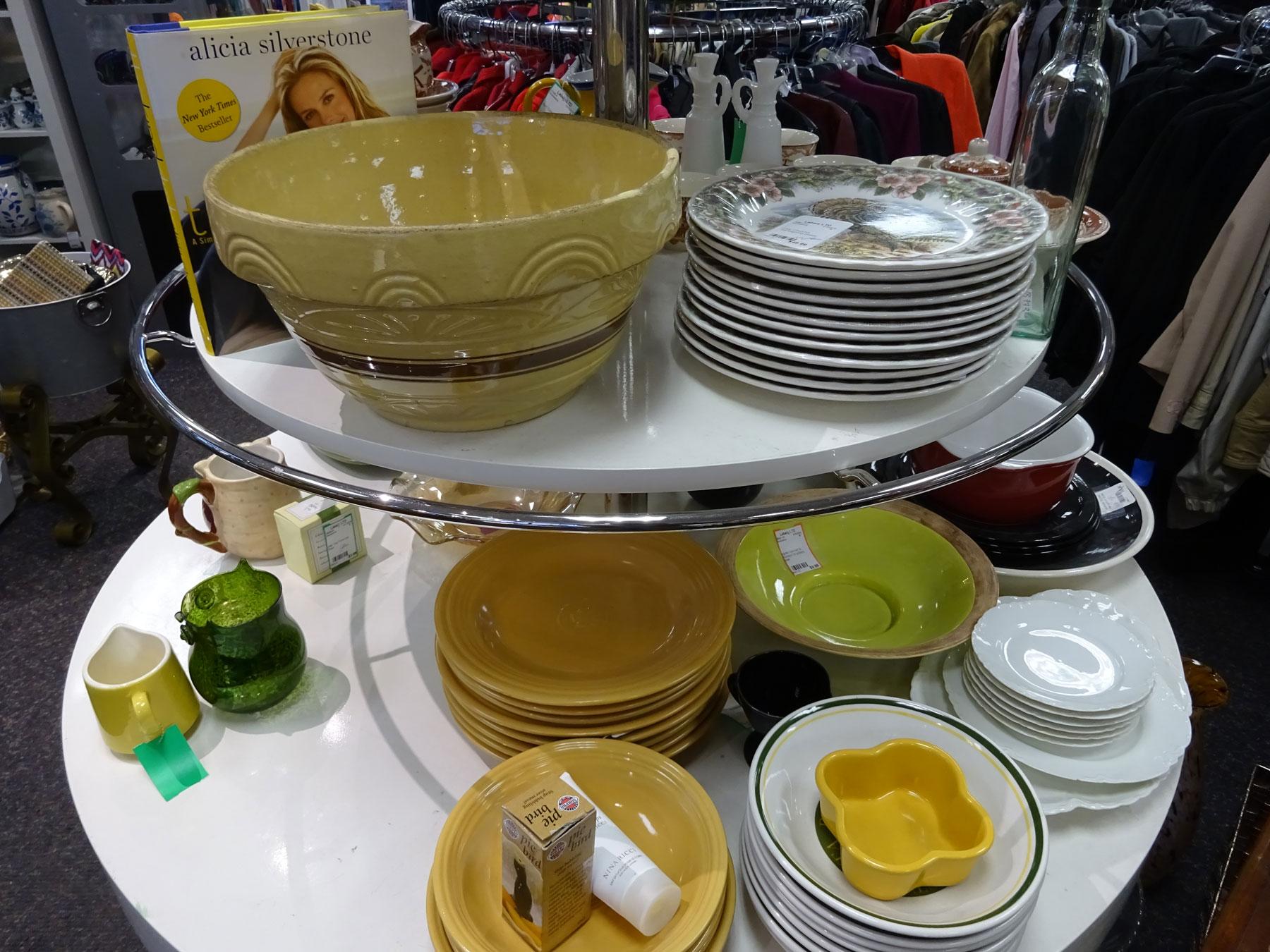 DSC00850-plates-bowls-1800x1350