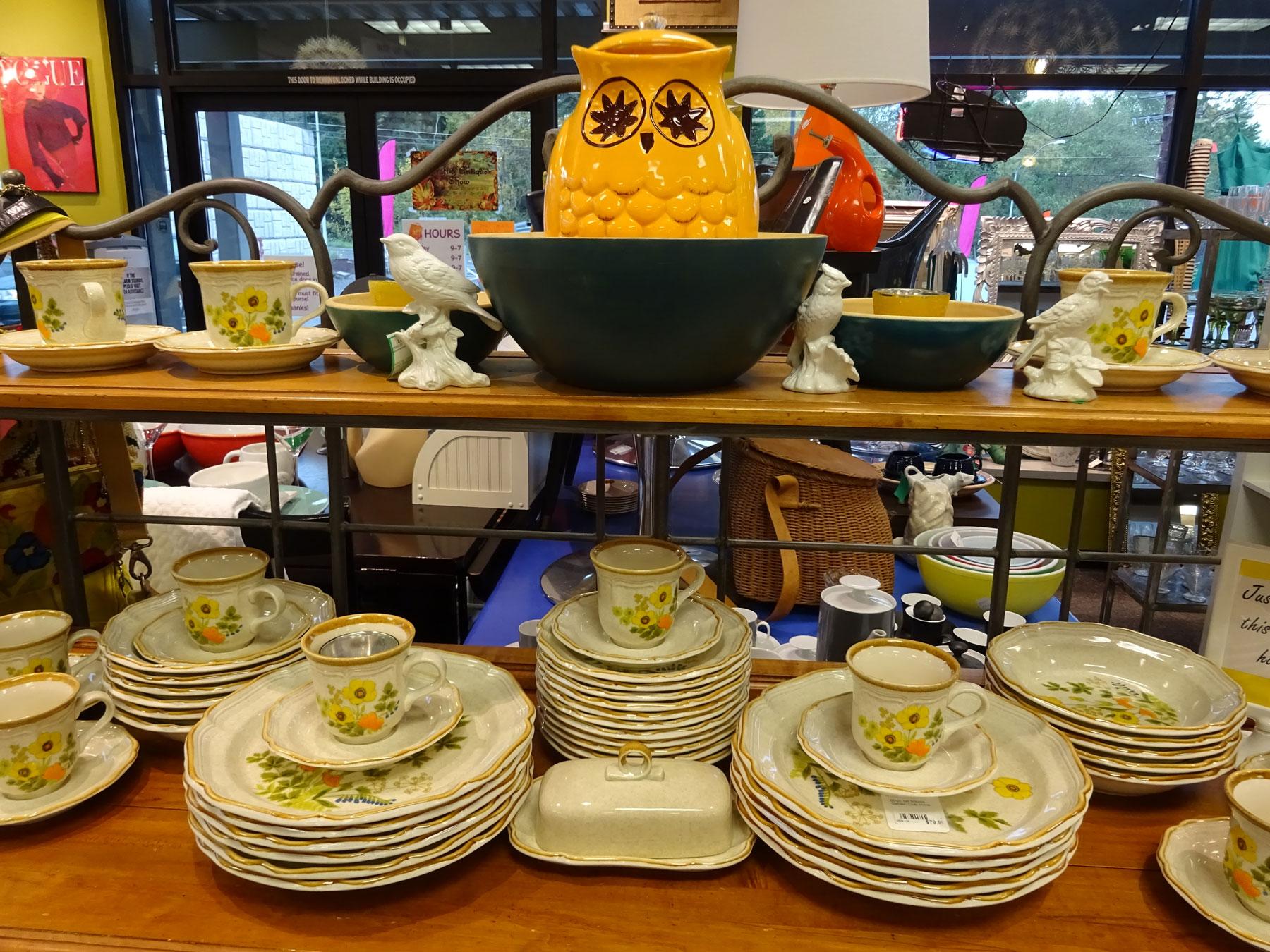 DSC00852-flower-dishes-owl-1800x1350